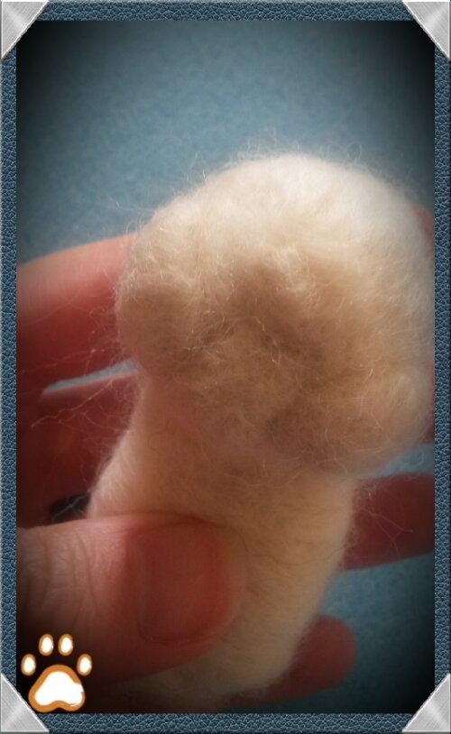 Needle felting a bunny; Photo tutorial (3/6)