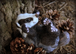 Needle felted badger (16)