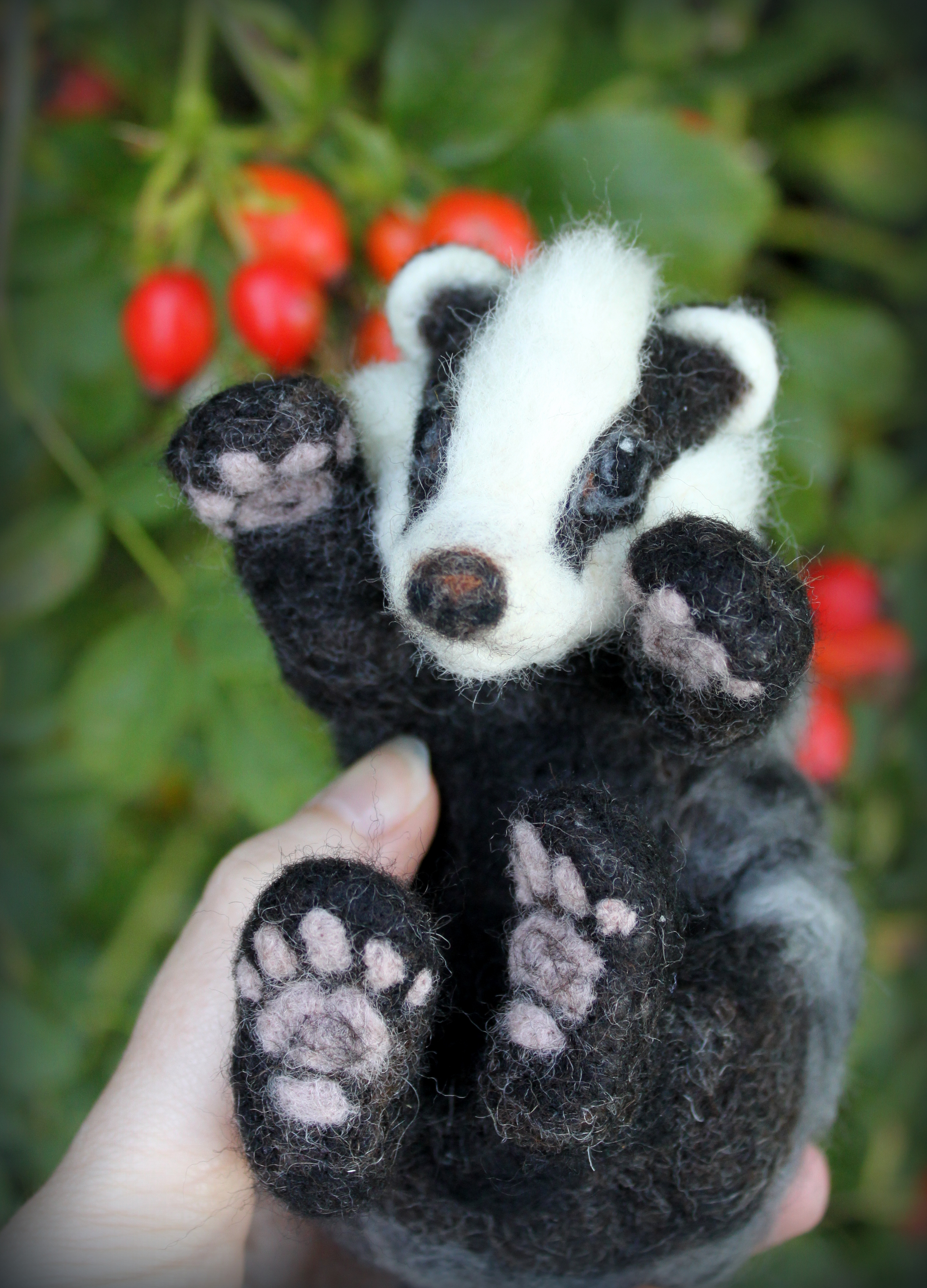needle felted badger 17