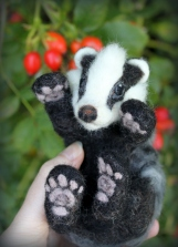 Needle felted badger (17)