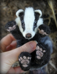 Needle felted badger (22)