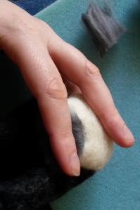 How to needle felt long animal fur (16)