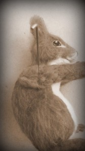 39-Needle felted squirrel (54)