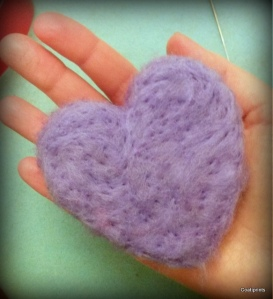 felted heart (47)