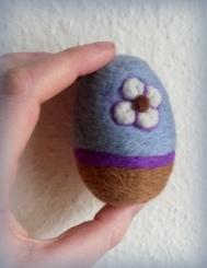 needle felted east egg1