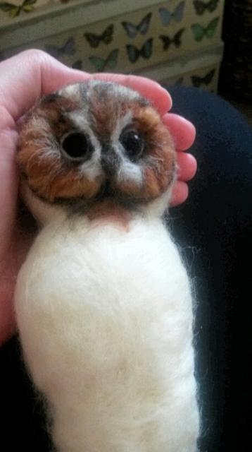 Needle felting a Tawny Owl - photo tutorial (6/6)