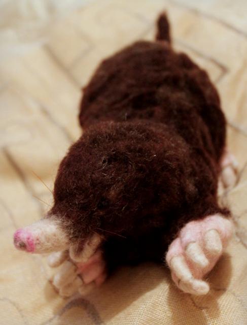 Needle felted Mole (3/6)