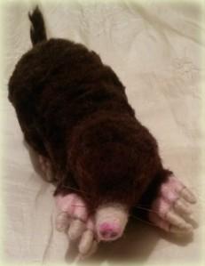 19-Needle felted mole (1)
