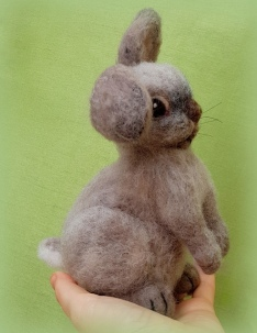 Needle felted rabbit (2)