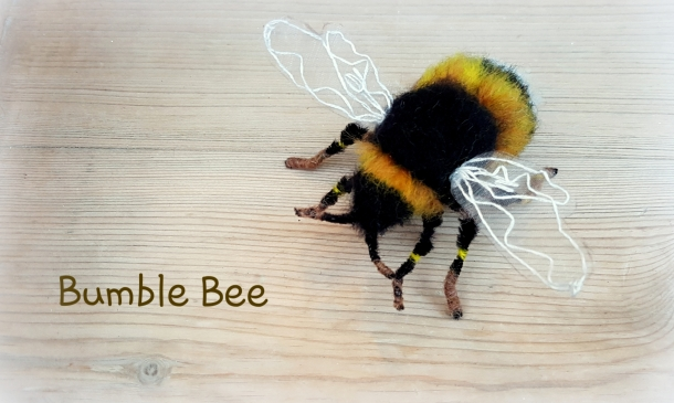 needle felted bumble bee (33)