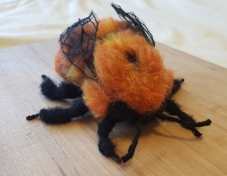 felted-patagonian-bumble-bee-2