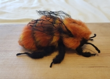 felted-patagonian-bumble-bee-3